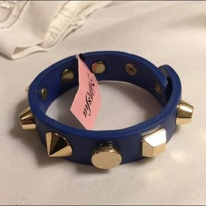 NWT Natasha Blue Leather Gold Studded Cuff
